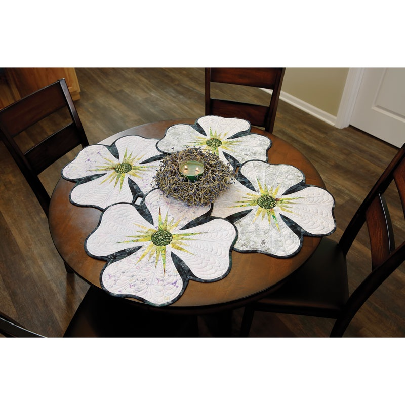Dogwood Petals Place Mats Kit
