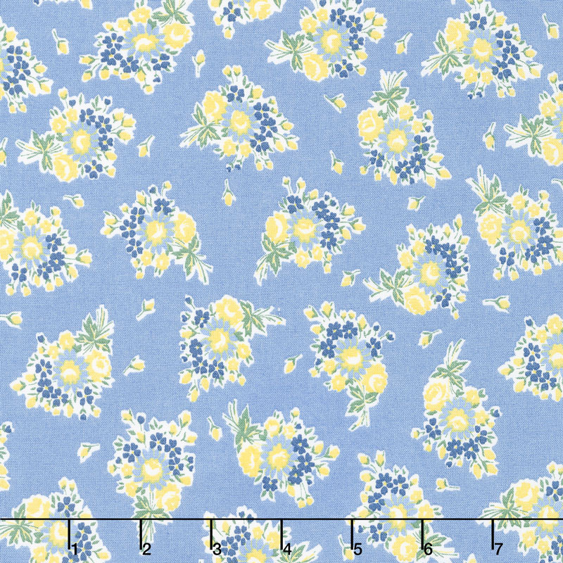 Everything But The Kitchen Sink 2017 - Bouquet Beauties Forget Me Not Yardage