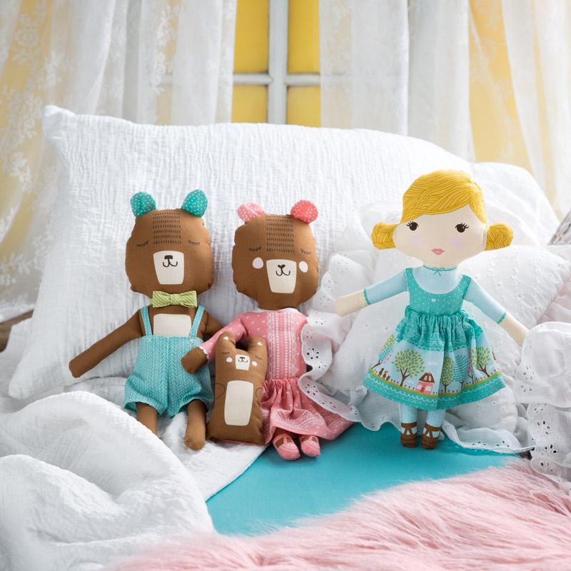 Home Sweet Home Goldilocks And Bear Multi Panel Stacy Iest Hsu
