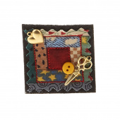 Sew Happy Log Cabin Quilter's Pin
