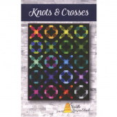 Knots & Crosses Pattern